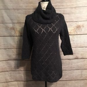 Old Navy Size Large 3/4 Sleeve Cowl Neck Sweater